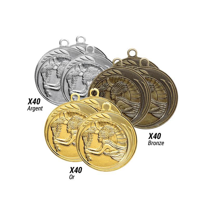 Lot de 120 médailles frappées  victoire - .