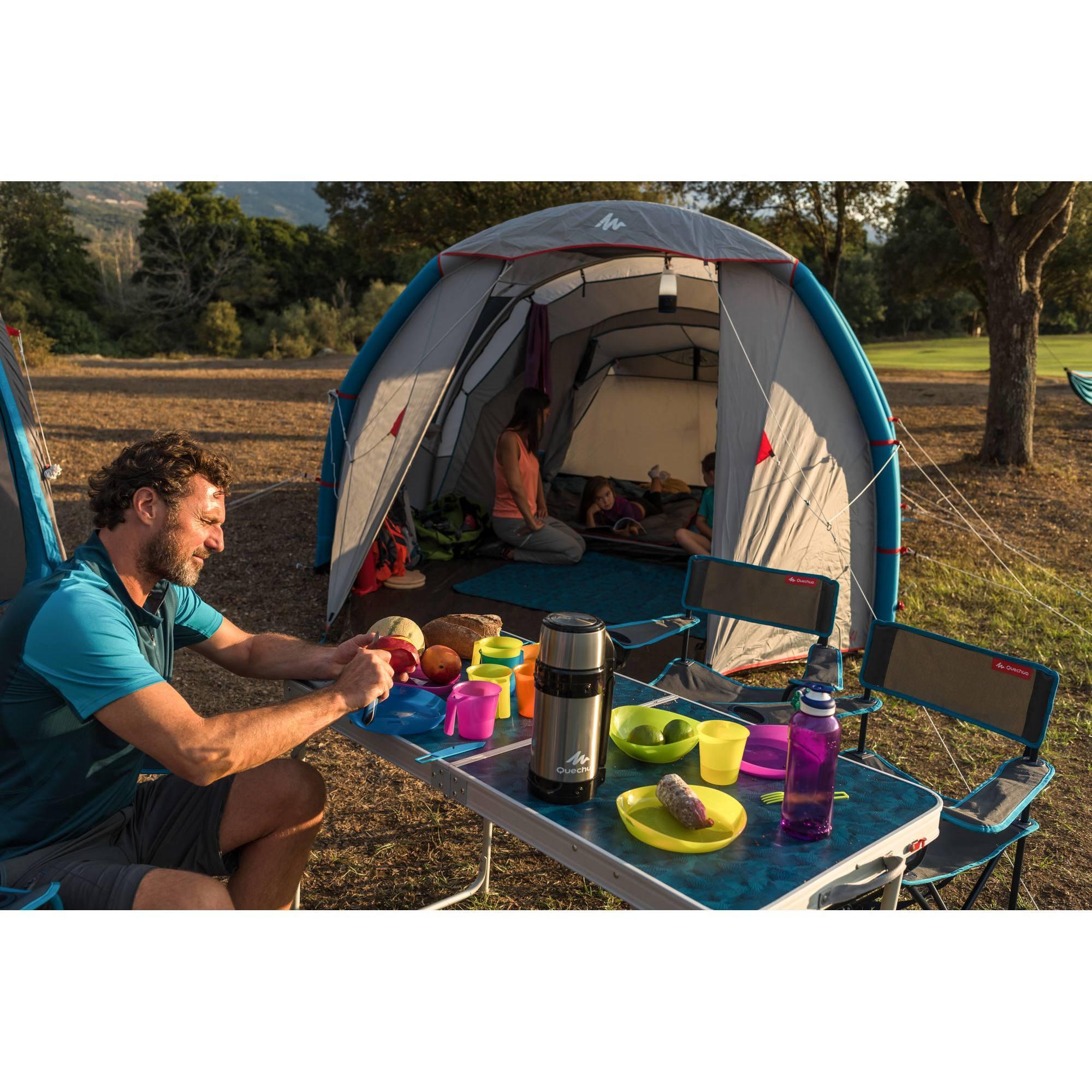 table de camping 4 personnes avec 4 si ges clubs collectivit s decathlon pro. Black Bedroom Furniture Sets. Home Design Ideas