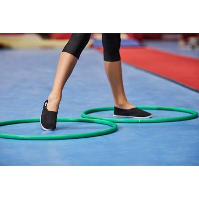 Chaussons de gym à l'école enfant noir Rythm 300.