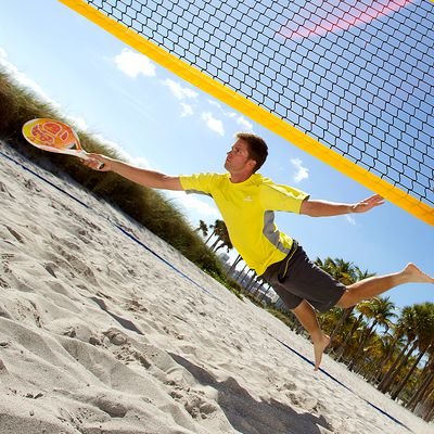Beach tennis post net