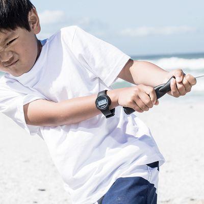 Montre digitale sport chronomètre femme et junior W100 S noire