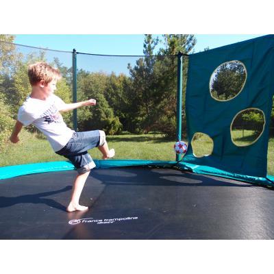 Trampoline housse filet de protection decathlon pro for Trampoline exterieur decathlon