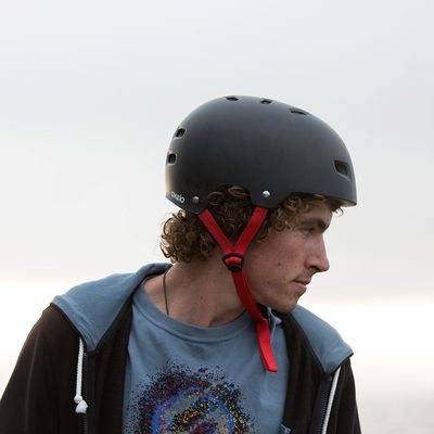Casque roller skateboard trottinette vélo MF 5 noir