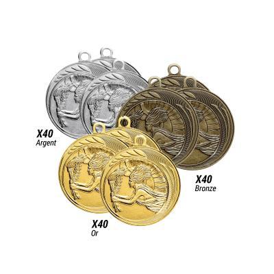 Lot de 120 médailles frappées  - Victoire