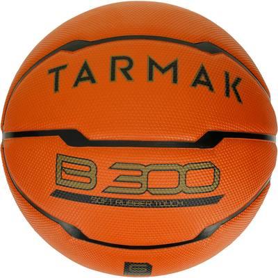 d92c181e39ad5 Ballon de basket femme B300 taille 6 orange. Pour débuter. A partir de 10.  TARMAK