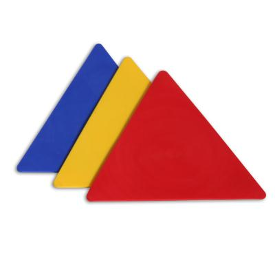 LOT DE 6 EMPREINTES TRIANGLES DE MARQUAGE AU SOL